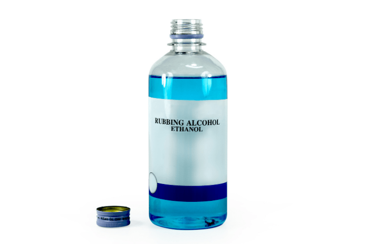 alcohol for removing molds from the leather shoes