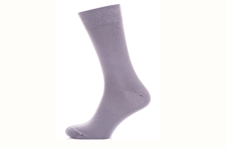 socks to prevent toe holes in shoes