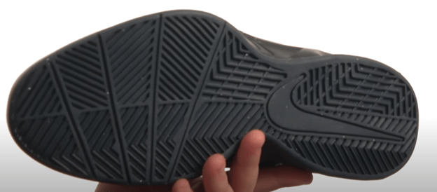 outsole of nike basketball shoes for flat feet