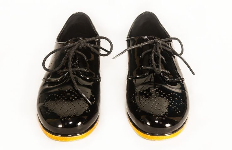 Cleaning and Taking Care of Patent Leather Shoes: Fully Tested Methods